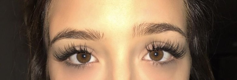 Eyelash Extensions by Ali Green